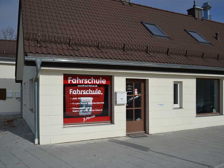 Standort Großhadener Str. 9